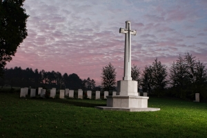 Hatfield War Cemetery.